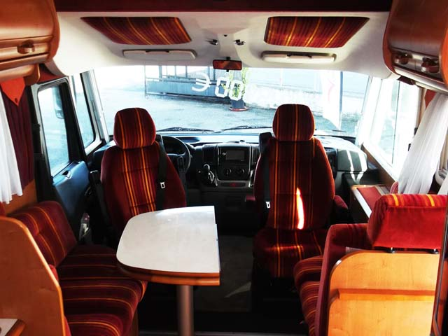 Rapido 9095 df 2009 camping car int gral occasion - Camping car rapido occasion lit central ...