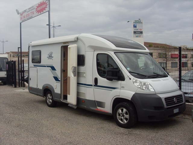 Weinsberg v 601 me 2009 camping car profil occasion 31900 camping car conseil - Camping car occasion lit jumeaux ...
