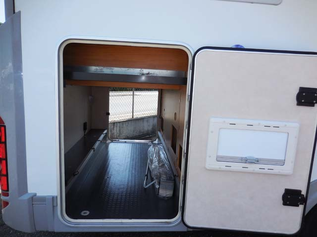 Adria 690 sp 2008 camping car profil occasion 36800 camping car conseil - Camping car profile lit central occasion ...