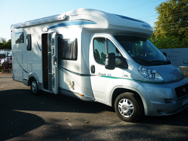 chausson flash 26 2011 camping car profil occasion. Black Bedroom Furniture Sets. Home Design Ideas